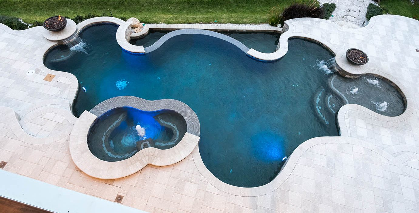 Choosing a Pool Contractor in Central Florida