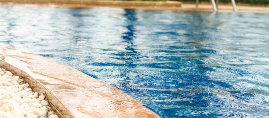 Draining Your Central Florida Pool, Overflow Issues and Prevention