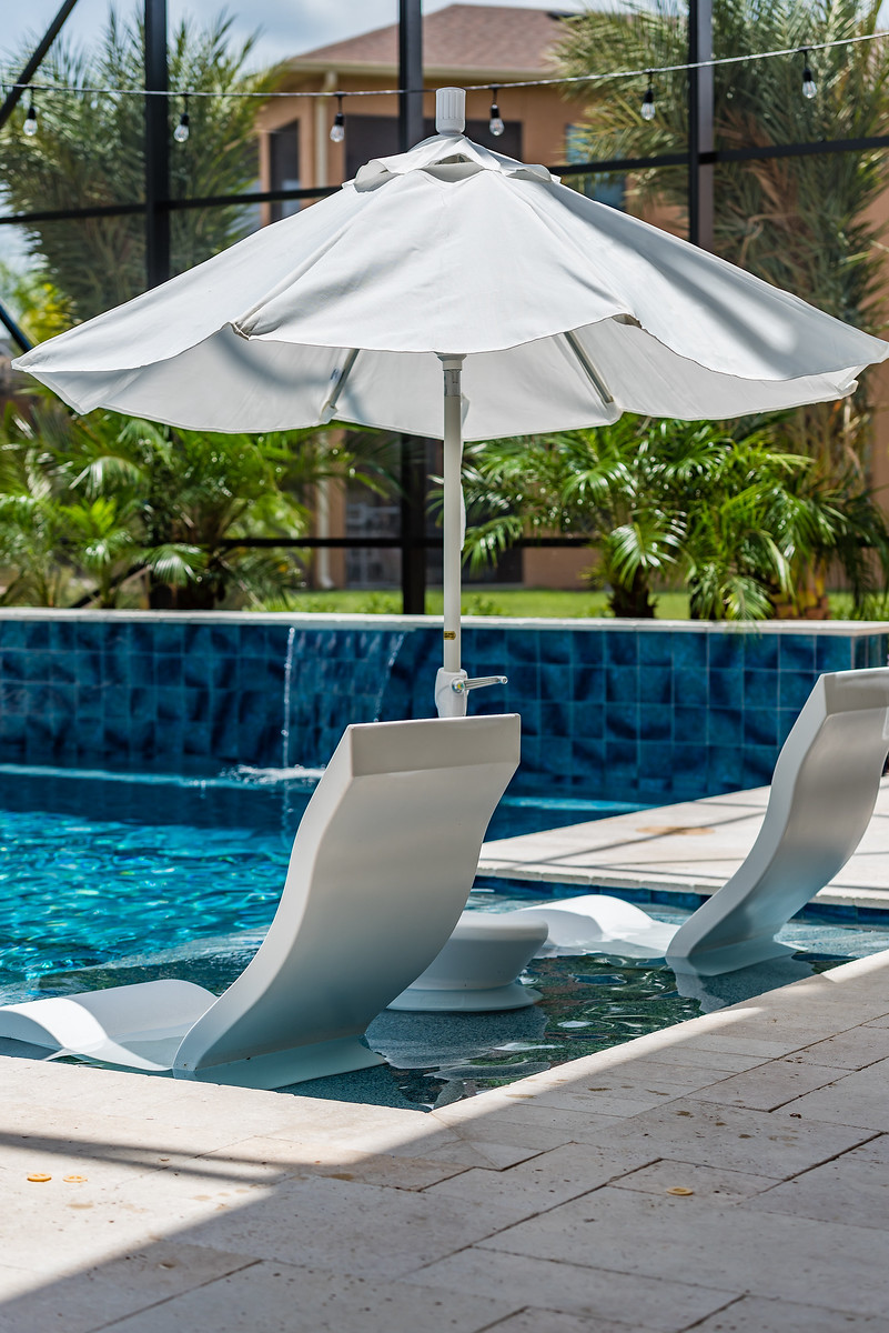 sunshelves with in-pool furniture